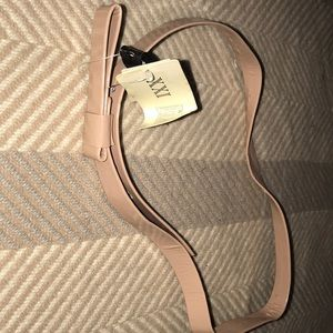 NWT Forever 21   Size M/L 70 CM  